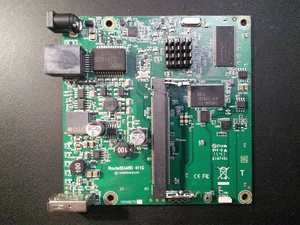 MikroTik RouterBoard RB411GL гигабитный CPU800MHz RAM64Mb USB OS level 4300x300